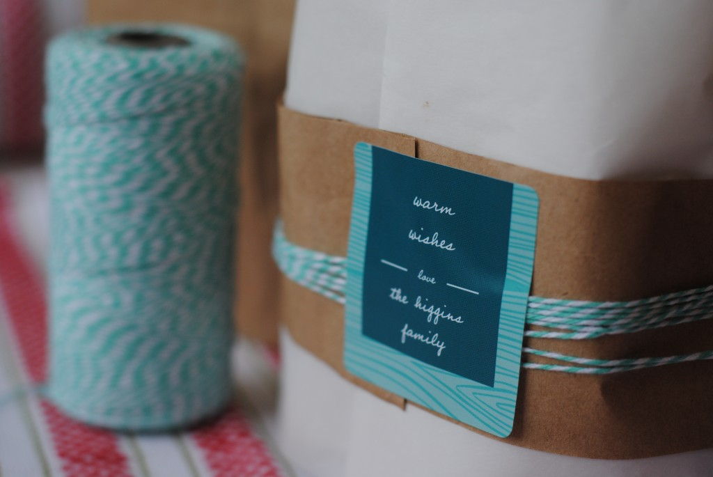 personalized gift tag stickers (quick gift wrapping ideas)