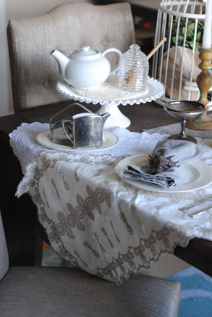 Downton Abbey Inspired Tablesetting
