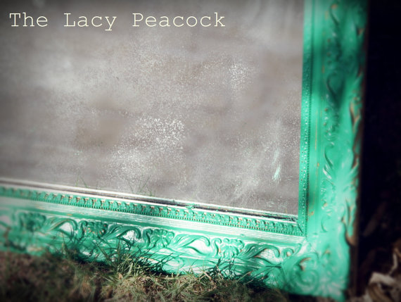 green frame {Pantone Color of the Year: Emerald}