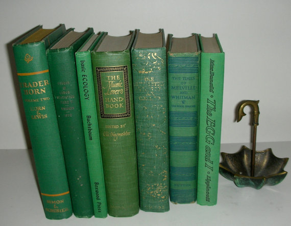 vintage books {Pantone Color of the Year: Emerald}