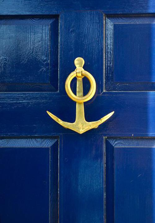 Cobalt door with anchor knocker