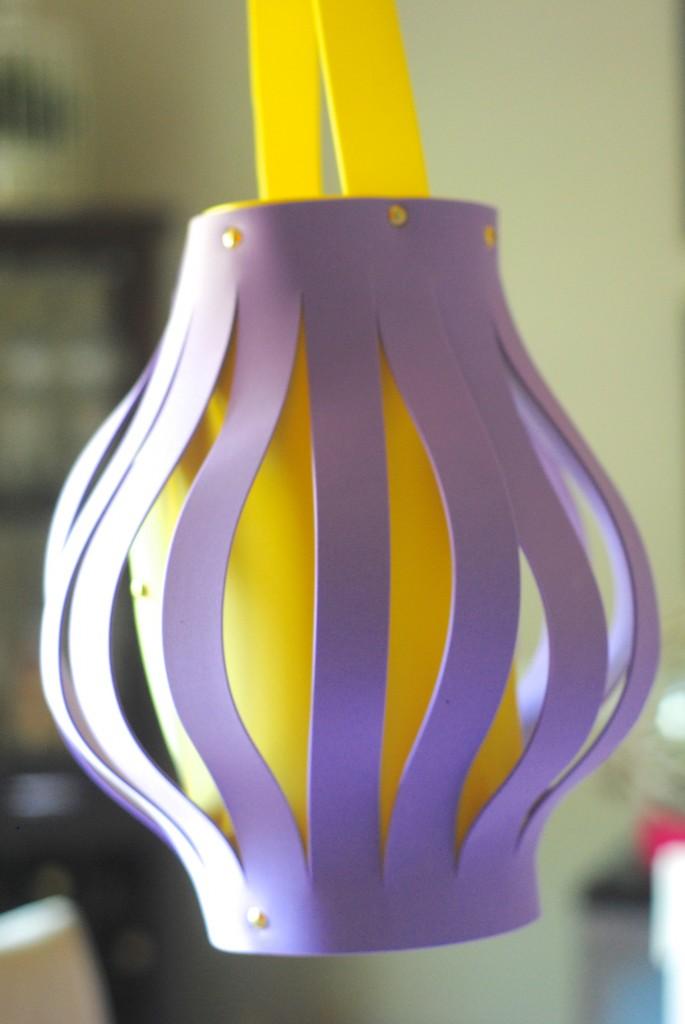 Foam Lantern {Kids Craft Idea} #summerofJoann