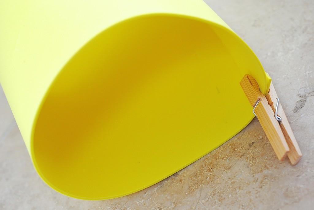 Foam Lantern {Kids Craft Idea & Party Decor} #summerofJoann