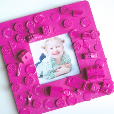 Easy Kids Craft Frame {From Old Board Games!}