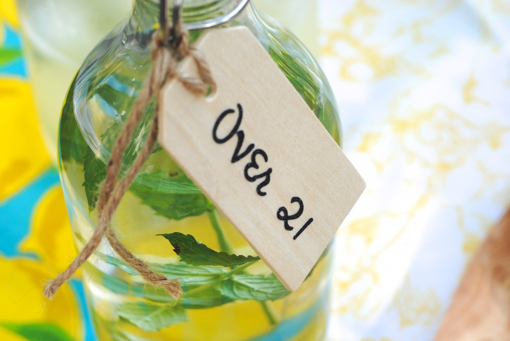 DIY Beverage Tags {homemade gift idea}