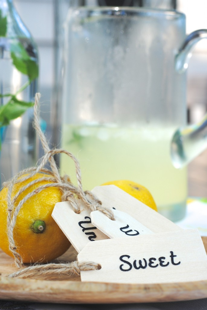 Rosemary Lemonade Recipe (Perfect Summer Beverage!)