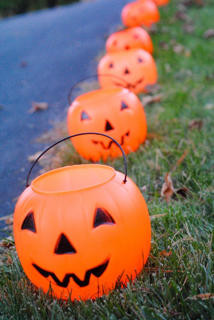DIY-Halloween-jackolantern-lights-lanterns