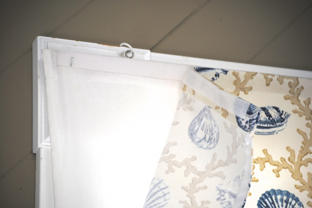 Easy way to add a custom look to roman shades: DIY valances