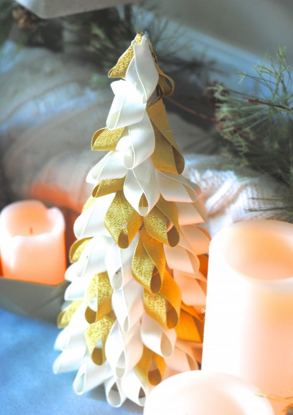 Christmas in a Minute: Easy Ribbon Trees