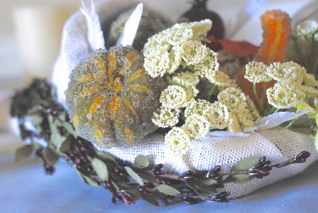 Modern Thanksgiving Decor Ideas: succulents and burlap wrapped cornucopias