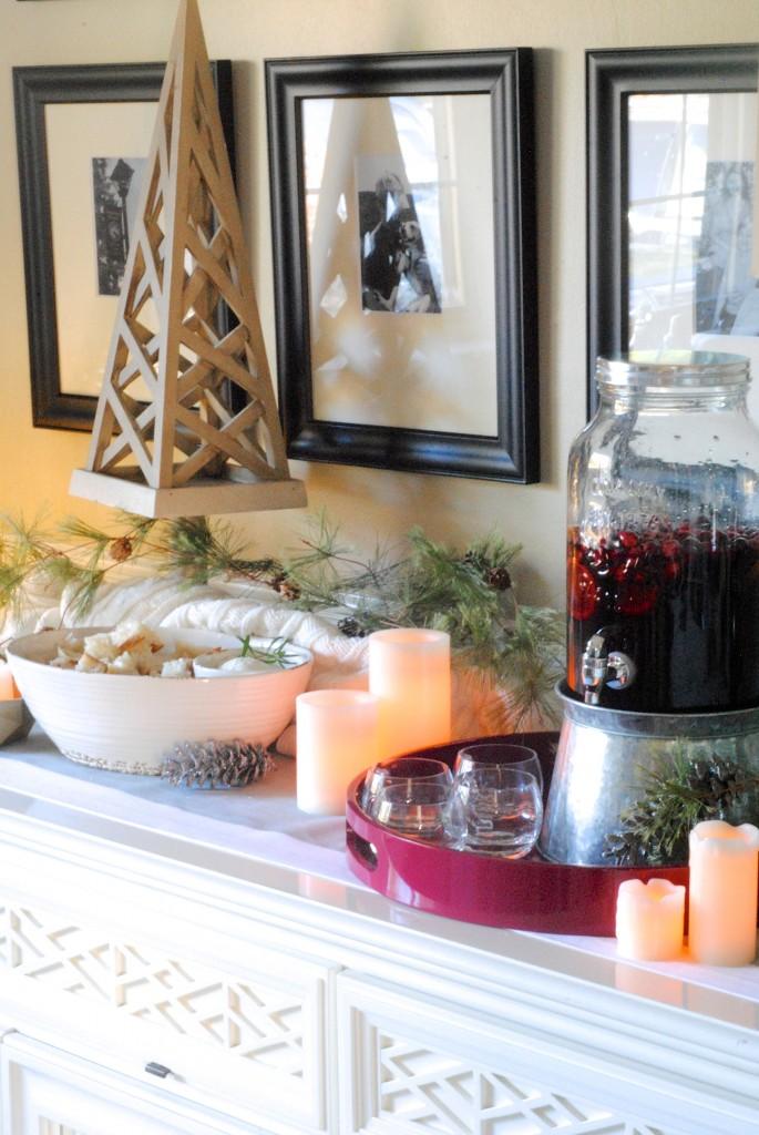 Easy Holiday Entertaining + Decorating Ideas