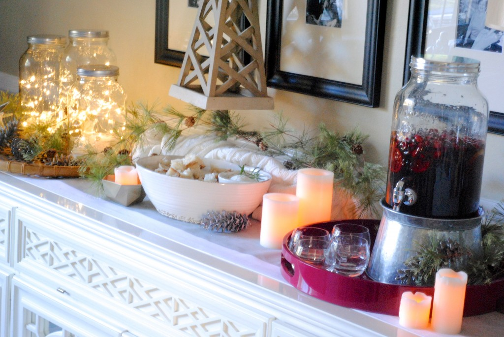Easy Holiday Entertaining + Decorating Ideas