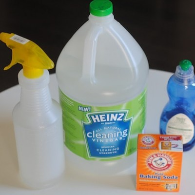 3 (Top Secret) Tricks for Cleaning with Vinegar
