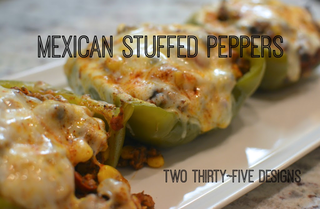 Mexican Stuffed Peppers - a great go-to family meal idea! via www.makinglemonadeblog.com #recipes #familymeals