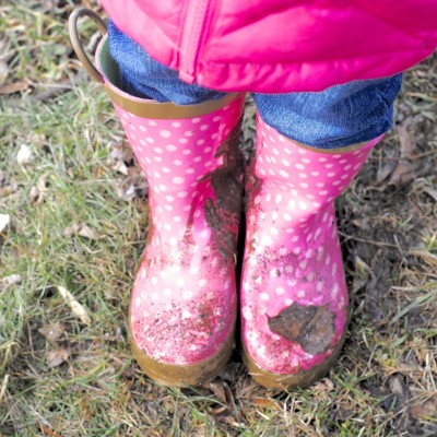 Why I Let my Kids Play in the Mud {Mommy Misadventure}