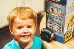 Thomas the Train Trackmaster Tale of the Brave toy review