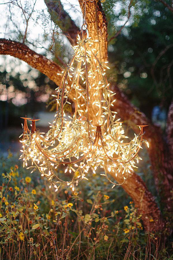 25 Gorgeous Ways to Use Christmas Lights