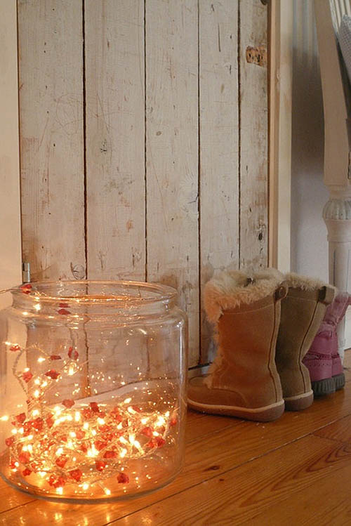 25 gorgeous ways to use christmas lights - Christmas Lights Bedroom Decor