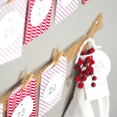 Easy Christmas Advent Calendar {Kids Craft Idea}