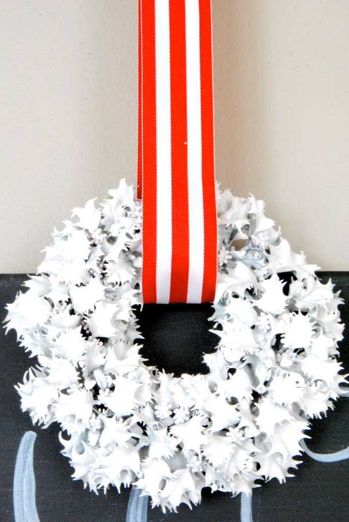 christmas home tour white wreath 685x1024