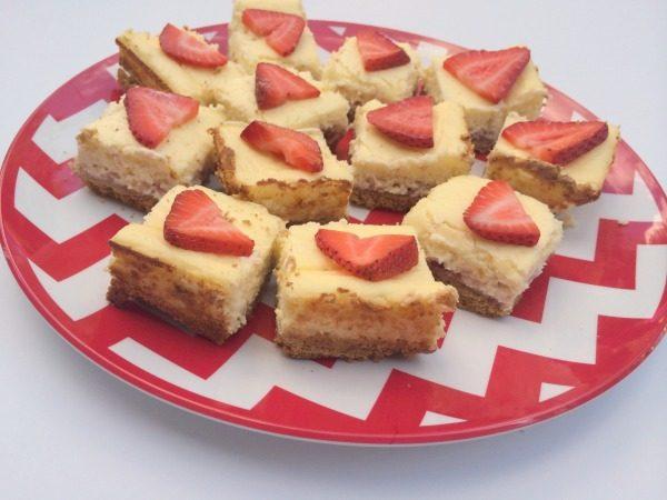 Lemonade Strawberry Cheesecake Bars