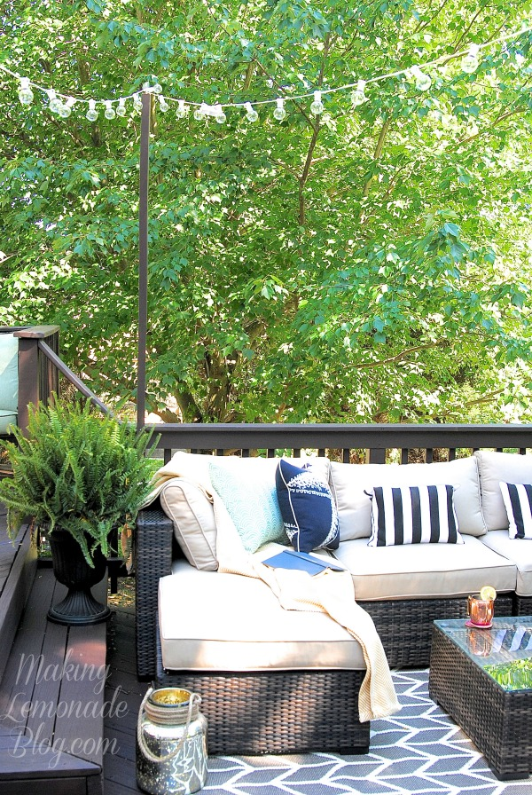 LOVE THIS: How To Hang Outdoor Lights! What An Easy And Inexpensive Way To