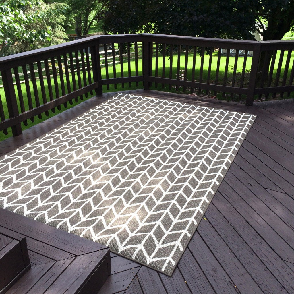 Deck stain 101 the perfect outdoor couch deck diaries for Outdoor rugs for deck