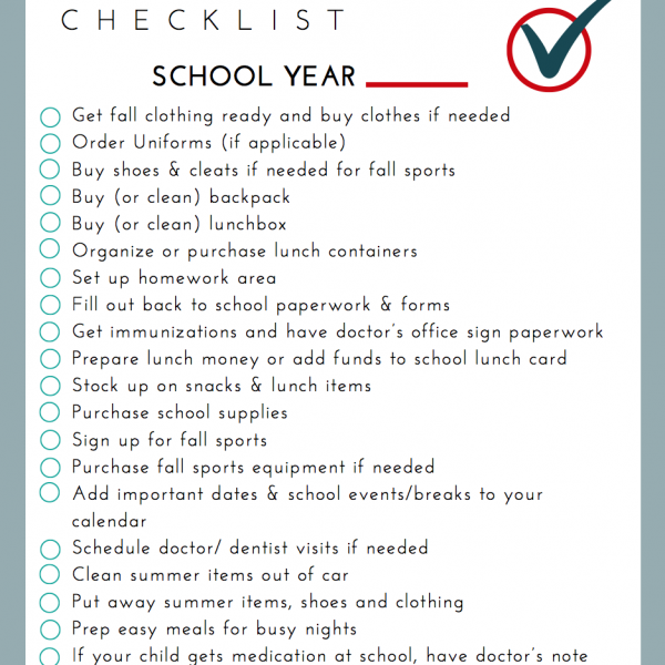 Handle back-to-school with no stress thanks to this handy back-to-school free printable checklist for moms and parents!
