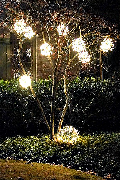 these gorgeous diy outdoor christmas lighting ideas are sure to bring joy over the holidays - Christmas Decorating Ideas For Outdoor Trees