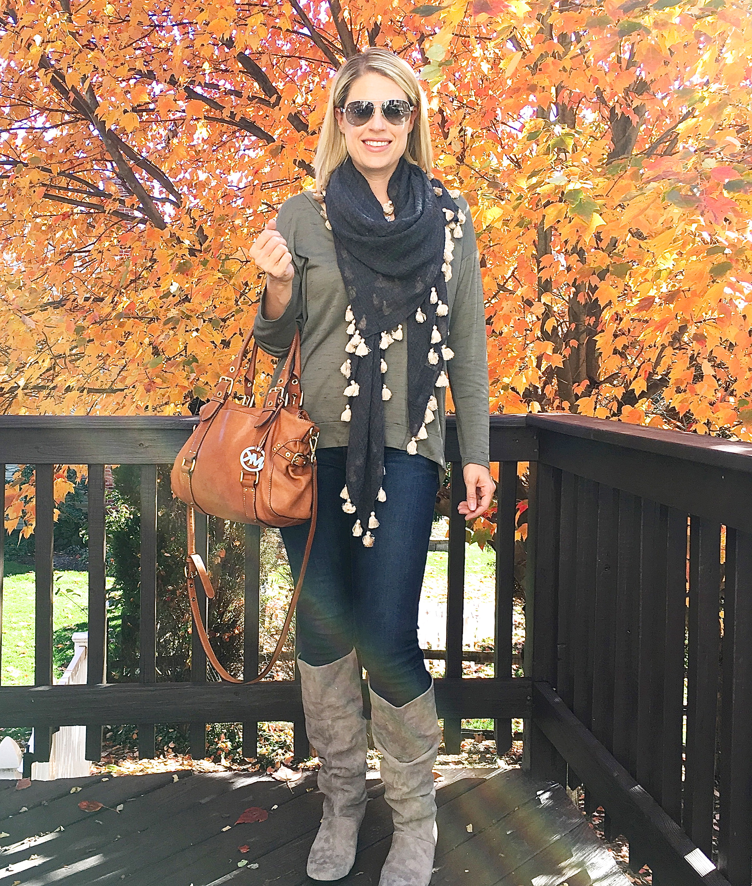 Fashion finds for daily mom style! (shhhh... fashion over 40 can be stylish and fun!)
