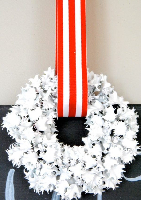 25 Thrift Store Christmas Decor Ideas