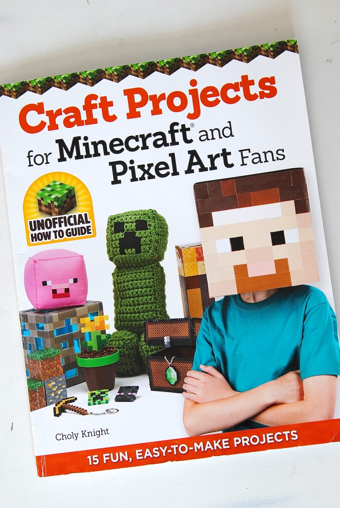 My son is going to LOVE these free printable Minecraft Valentine's Day cards (also: clever Minecraft craft ideas!)
