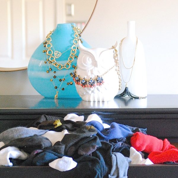 I'm SO doing this! How to organize and fold clothing, especially socks and underwear, using the KonMari Method. SO MUCH EASIER and neater than before!