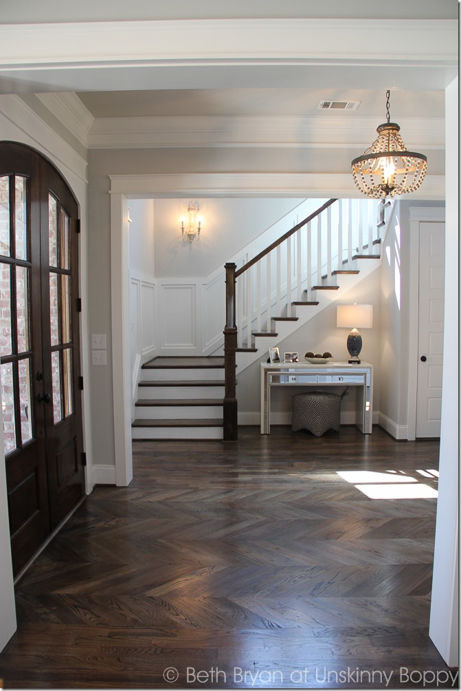 gorgeous design trends for 2016, this is one of my favorites! Herringbone hardwood floors, so pretty.