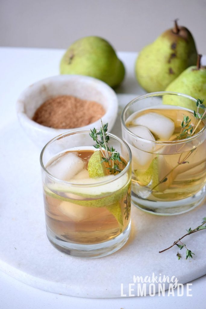 This fall cider cocktail reminds me of changing leaves and chilly nights! Plus it's called The Hayride which really puts me in the mood for fall! {Pear Cider Cocktail Recipe}