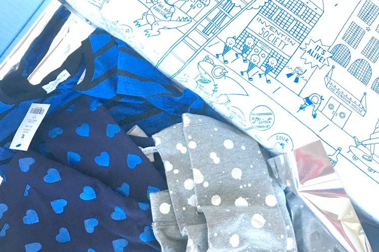 love this idea-- a kids' clothing delivery service with NO shipping or styling fees! Finally, trendy kids clothes delivered to your door. Such a timesaver!