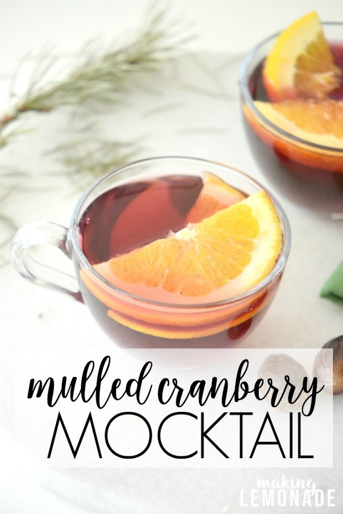 delicious mocktail recipe that's perfect for the holidays, I'm SO making this for Christmas Eve!