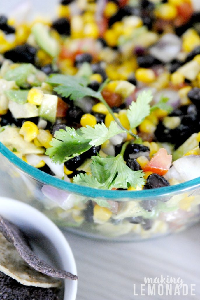 OMG this Cowboy Caviar dip recipe looks amazing and so easy to make for my next summer cookout!