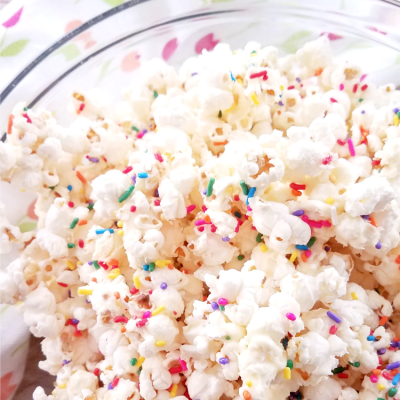 3 Ways to Pep Up Your Popcorn (Easy Toppings to Try!)