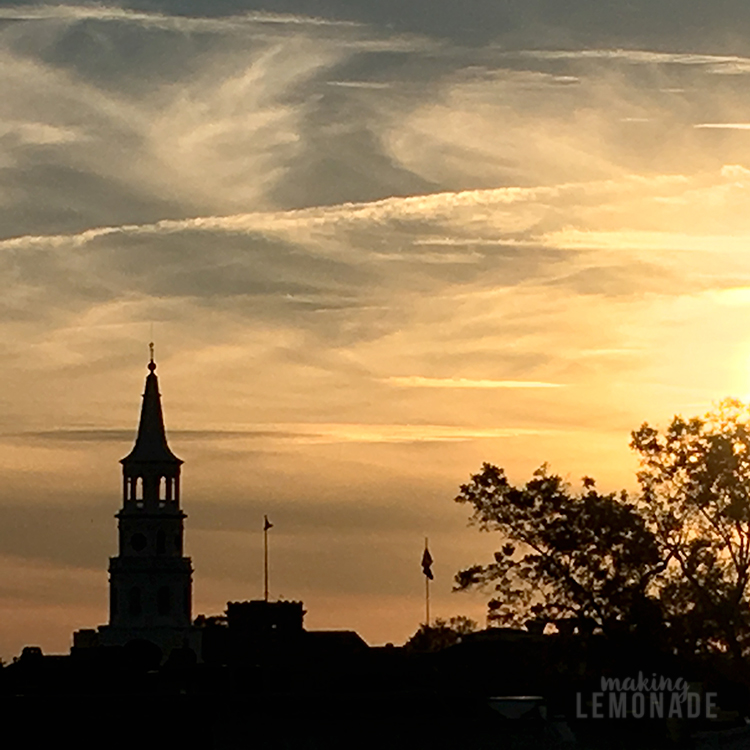 charleston-south-carolina-travel-tips-skyline-sunset