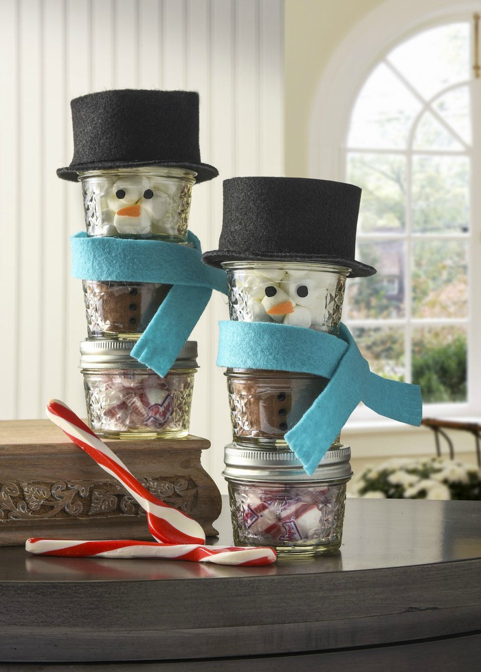 stacked snowman mason jar gift