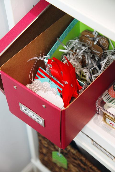gift tag box