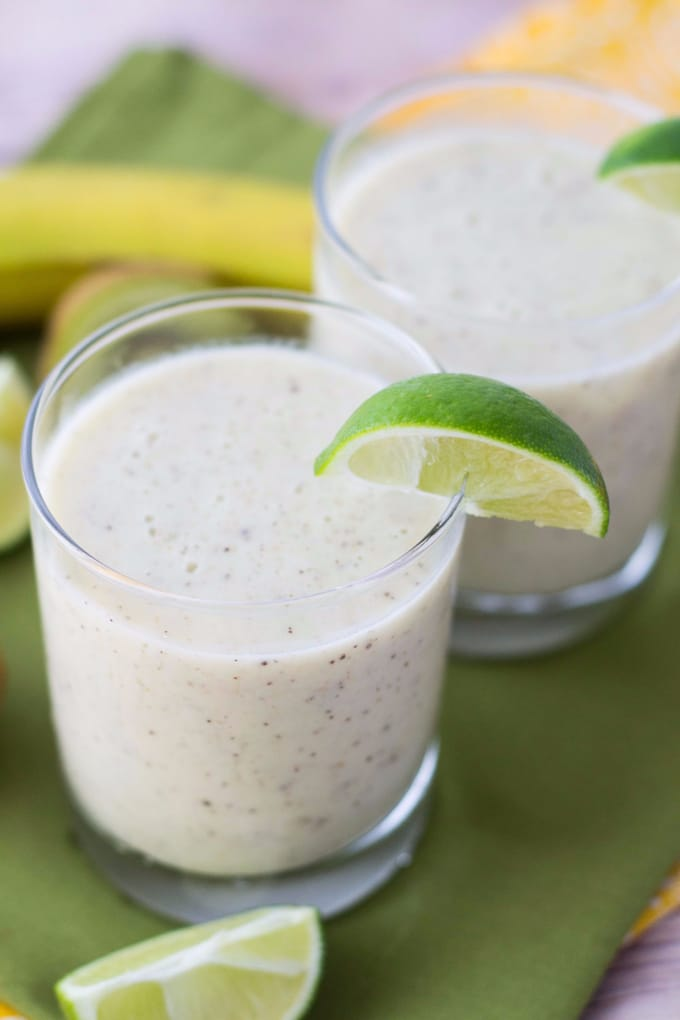 Kiwi Lime Banana Smoothie from Glue Sticks & Gumdrops
