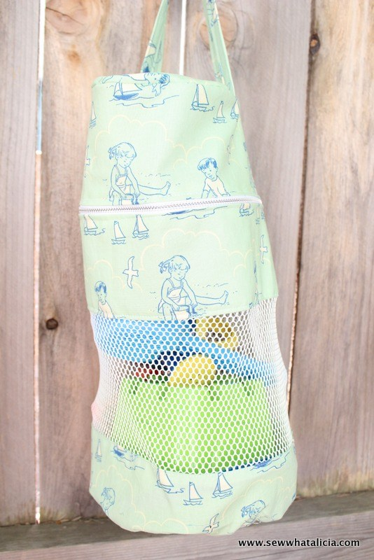 beach toy zipper pouch