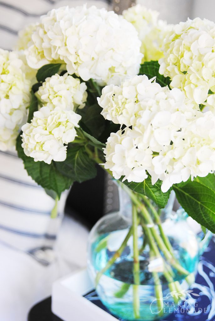 Easy Diy Flower Arrangements Using Grocery Store Flowers Making Lemonade