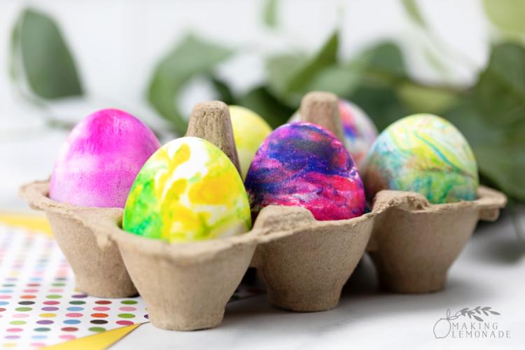 marbleized Easter eggs using shaving cream