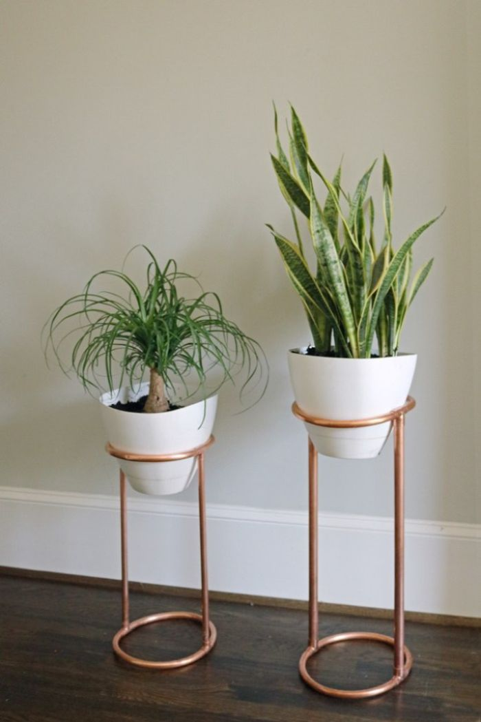 DIY Copper pipe plant stand
