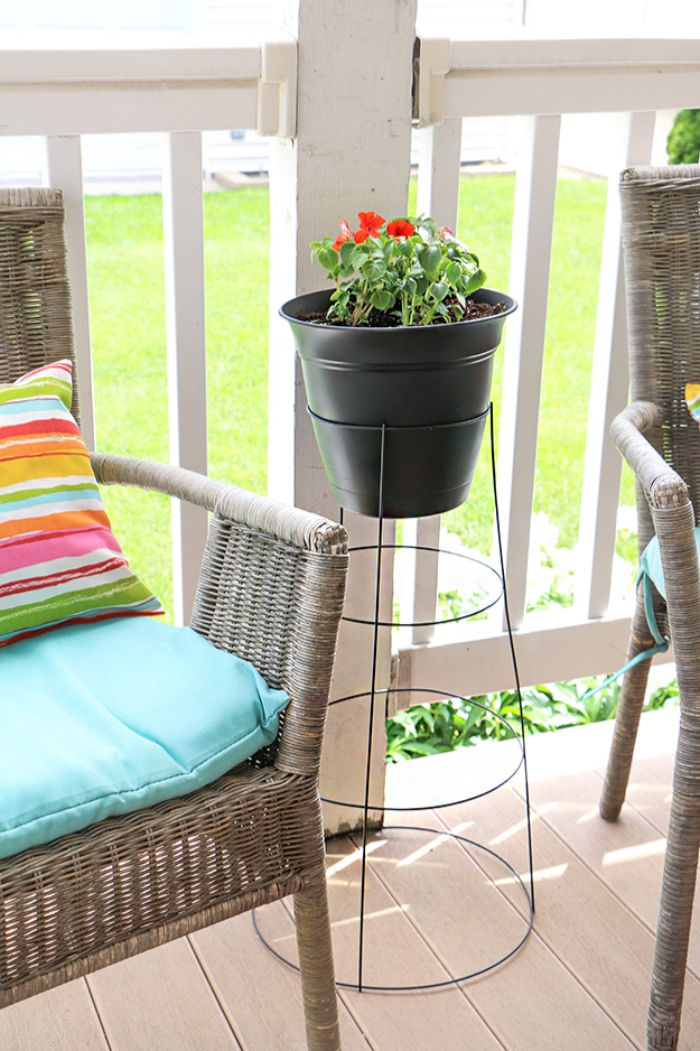 tomato cage plant stand