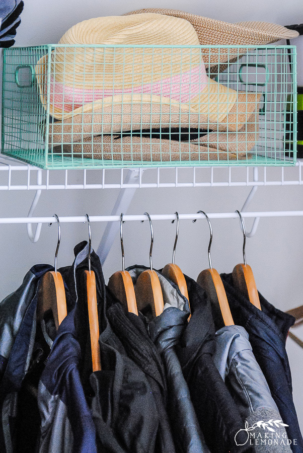 7 Quick Fall Decluttering Tasks (to get your home clean & ready for the holidays!)