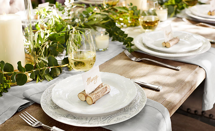 Simple Farmhouse Thanksgiving Table Decor Ideas